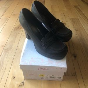 Candies dress shoes size 10 brown